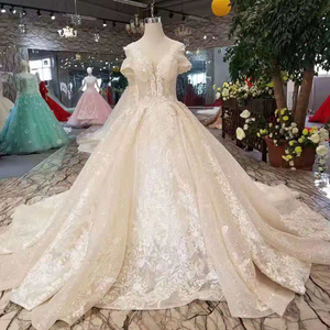 6633334ce69d4 Big Size Wedding Gown, Big Size Wedding Gown Suppliers and Manufacturers at  Alibaba.com