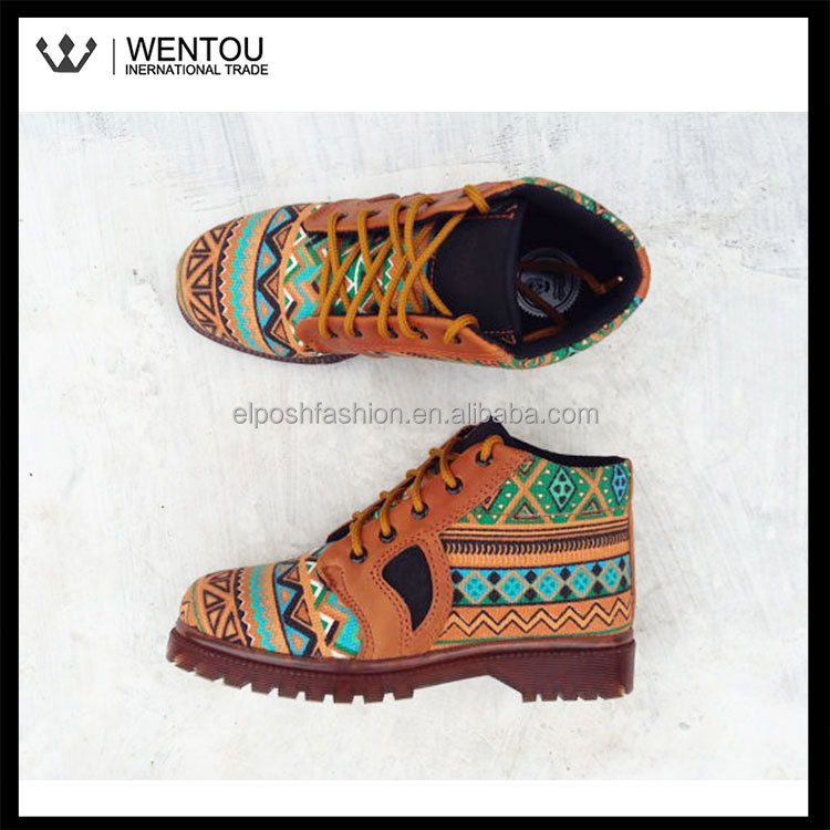 Wholesale Fashionable Monogramed Men Canvas Ankle Boots