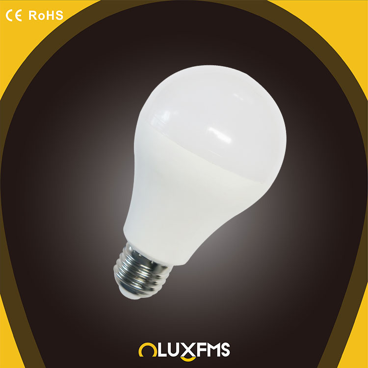 High Quality SGS-, CE, RoHS Approved Die-casting aluminium Thermal Plastic A70 20W 1800LM LED Bulb E27