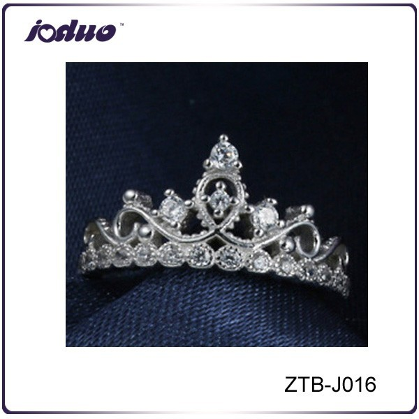 Luxurious rhinestone weeding rings jewelry wholesale for ladies