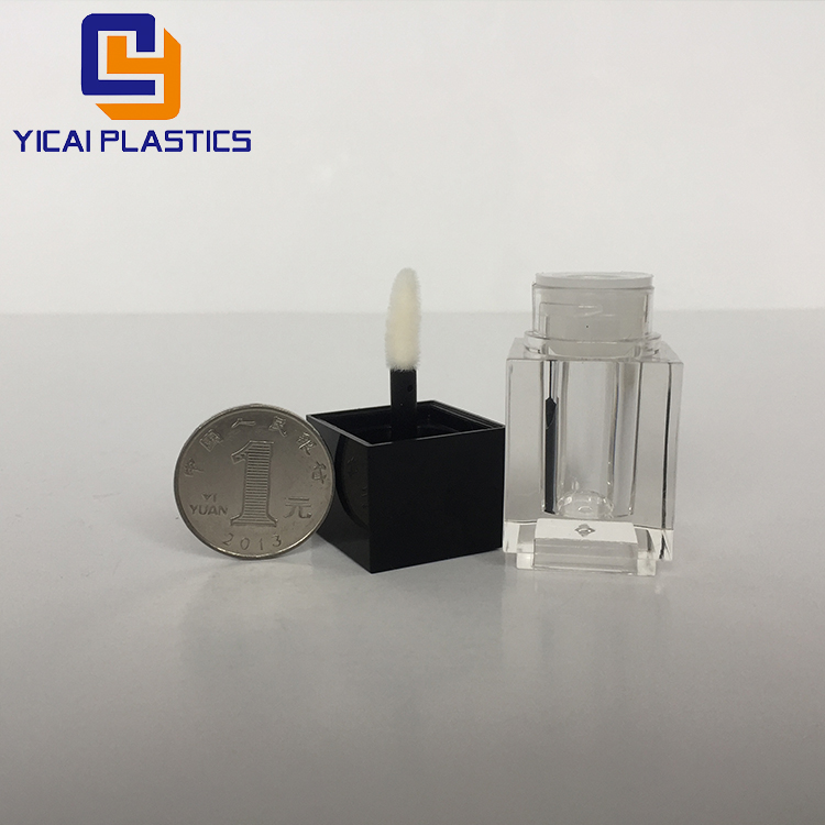Black Lid Square Plastic Empty Lip Gloss Tube With Brush 4ml