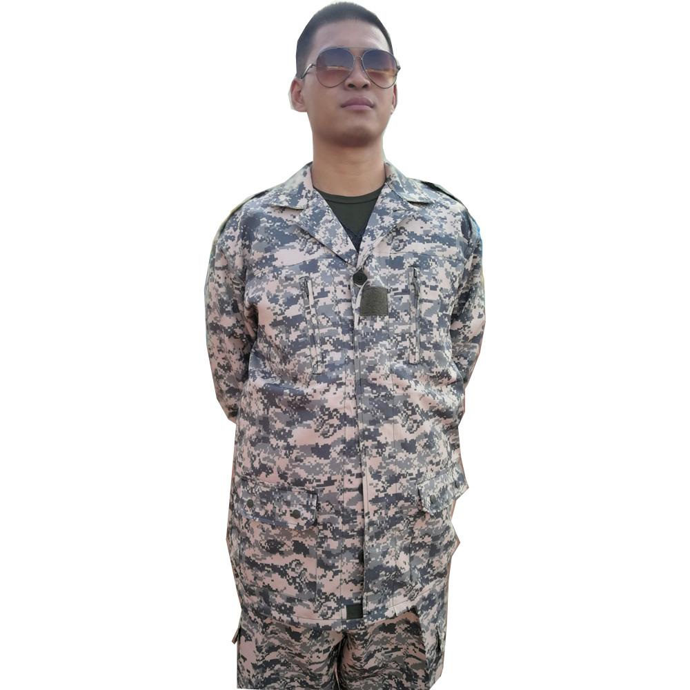 567c67d5412 Al aire libre traje de camuflaje uniforme militar de manga larga de  primavera y otoño traje