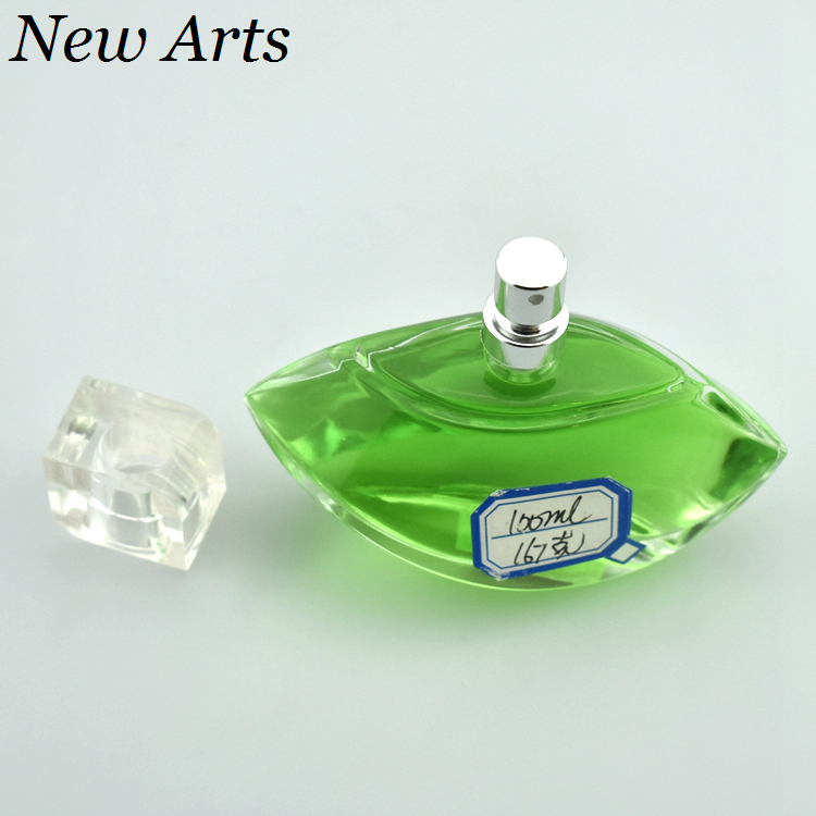 Wholesale 100Ml Diamond Shape Customized Empty car Glass Perfume Bottles For Crystal Gifts