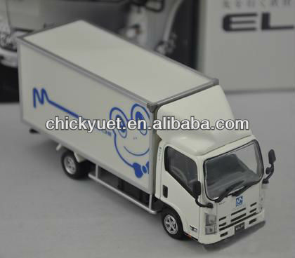 1:43 Die Cast Isuzu Truck Model