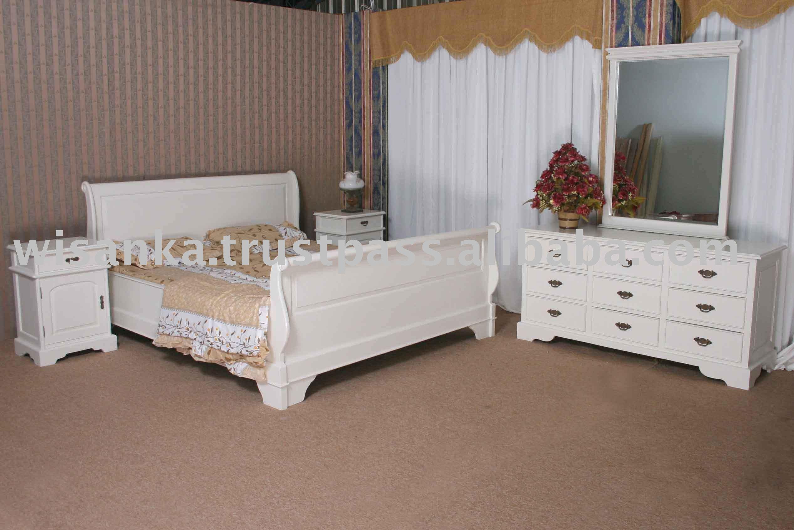 Savitri Bedroom Set (off White) - Buy Classic Bedroom,Classic  Furniture,Bedroom Set Product on Alibaba.com