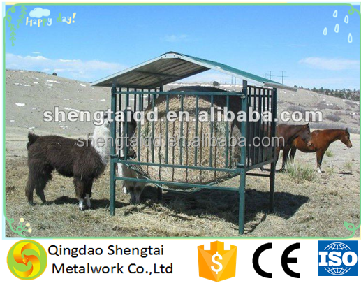 Galvanised construction for paddock conditions Round Bale Feeder