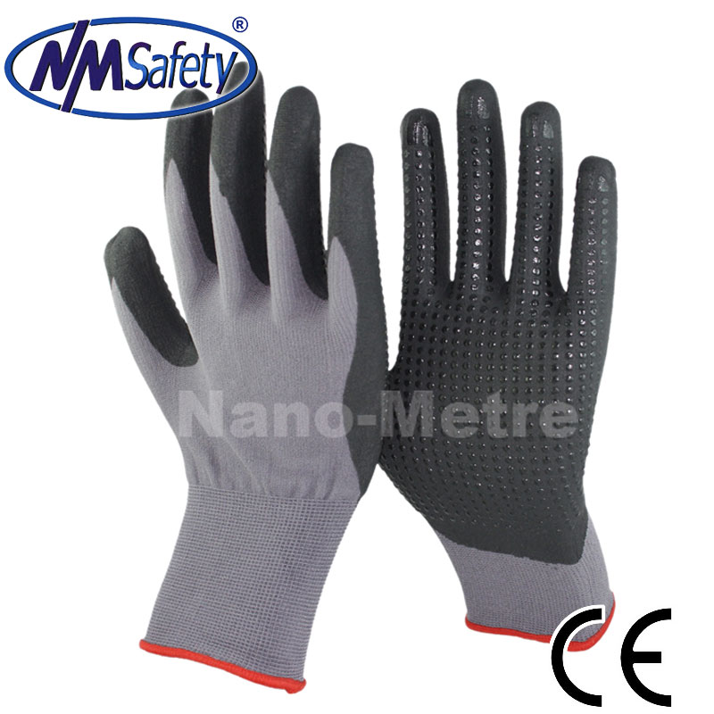 NMSAFETY CE certification micro foam black nitrile dotted gloves for Europe market