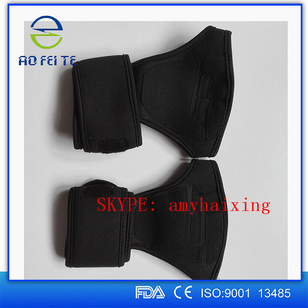 Custom Palm Padded Lifting Straps with Wrist (Pair)