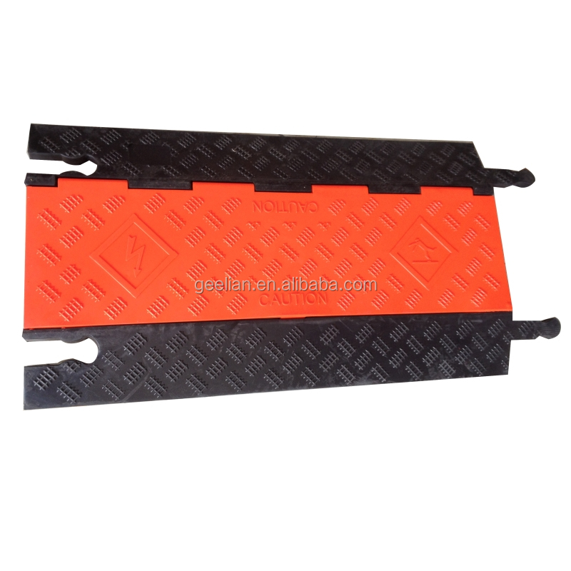 best price and hot selling rubber mat ramp from Chengdu Geelian/plastic speed bumps/rubber cable cover from China