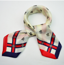 2017 new design printing silk woman square scarf popular in European