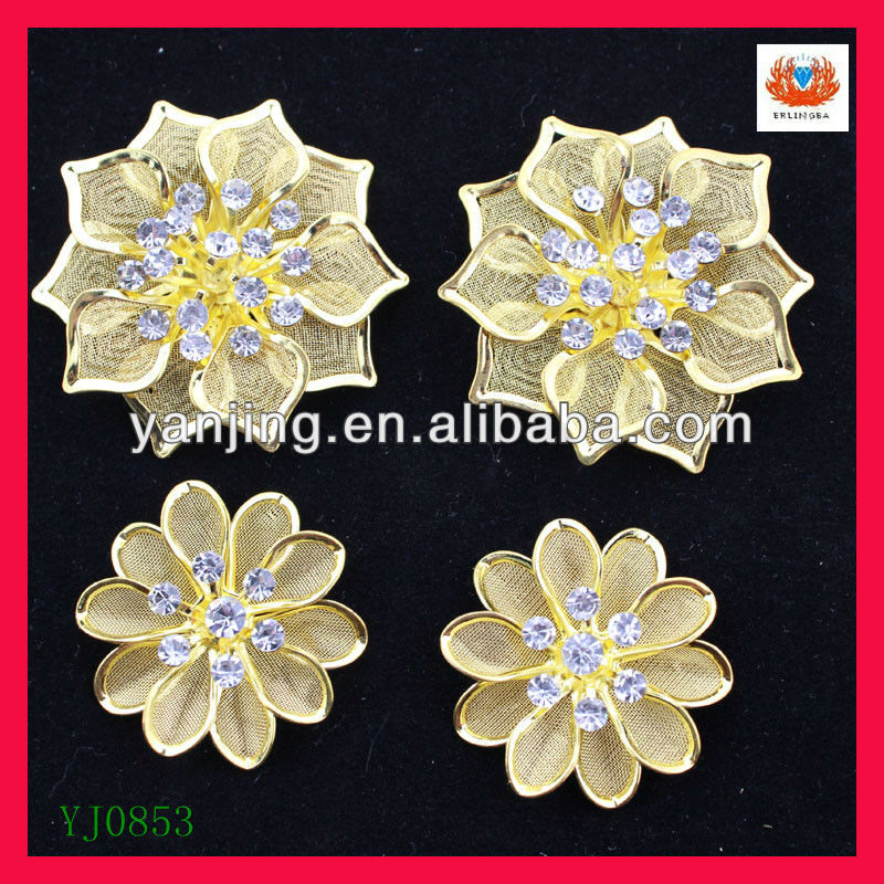 Charming handmade flower brooches