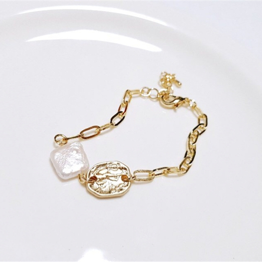e8b611e897a8b 2019 nouveau design en gros perle baroque monnaie carré bracelet 18 k réel  plaqué or chaîne