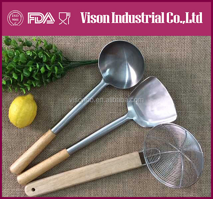 KITCHENWARE set spatula/soup ladle/ colander/skimmer /truner Stainless steel with wooder grip not silicon kitchenware
