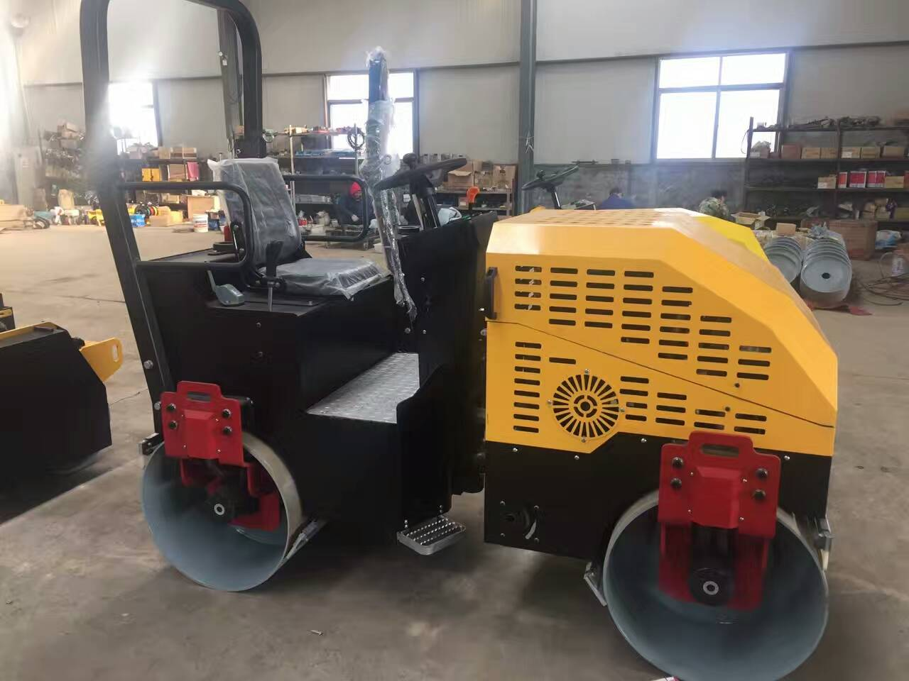 2 tons hydraulic Vibratory Road Roller for sale
