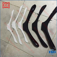 OEM Customized hight quality clothes hanger plastic mould with high precision