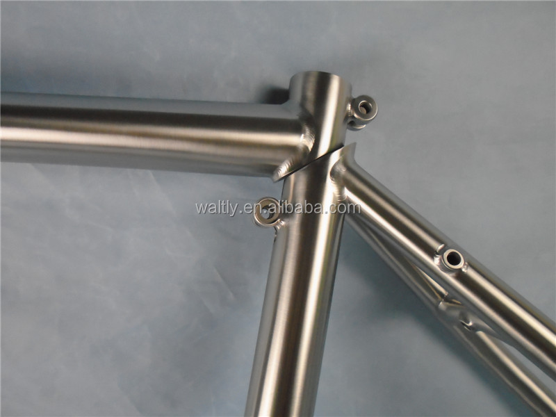 Pure titanium cheap road bike frame with coupler design