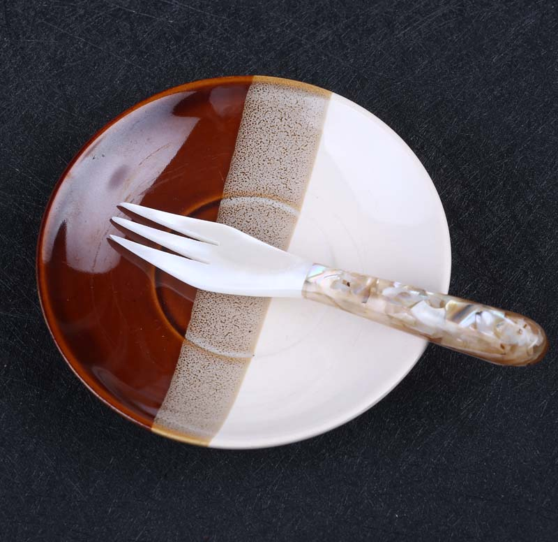 High quality natural mother of pearl shell fork