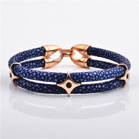 2017 Factory Direct Sale Aristocratic Items Luxury Gift Rose Gold Stingray Leather Bracelet
