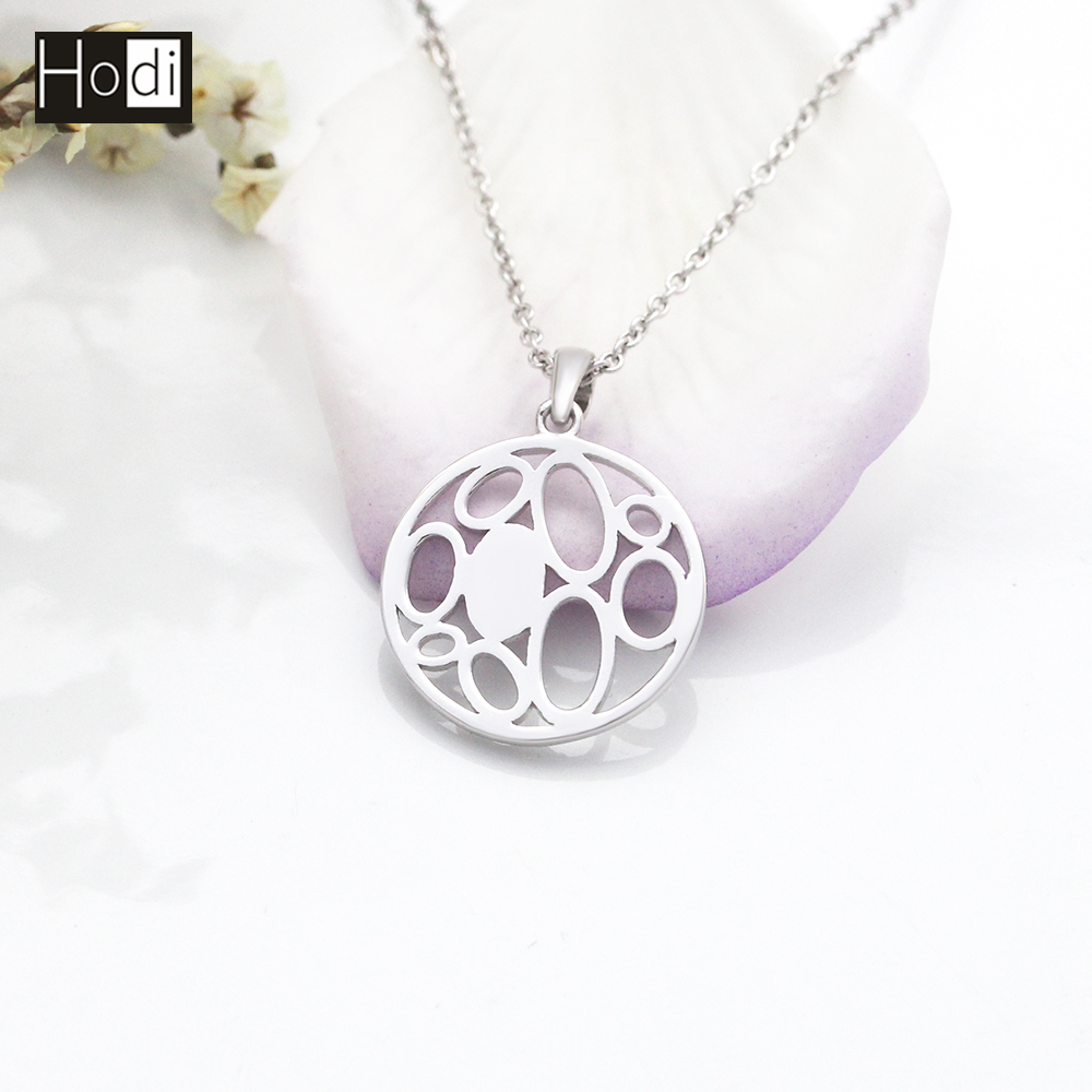 2017 Alibaba New Arrival Fashion Women Round Custom 925 Sterling Silver Pendant Lasered with Your Logo