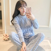 Japanese autumn and winter new twist soft soft pajamas two sets of women's wool thickened coral velvet home wear set