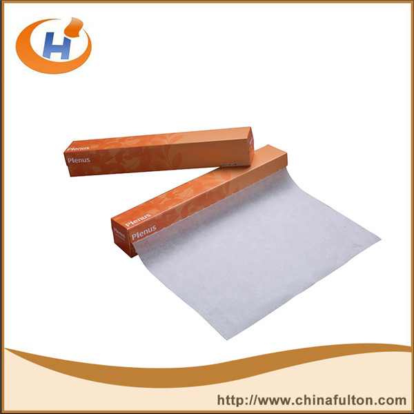 Jumbo roll adhesive release for baking paper .