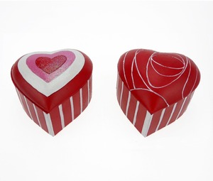 Wholesale Treasure Case Resin Heart Shaped Rose Jewelry Box Valentine Gifts