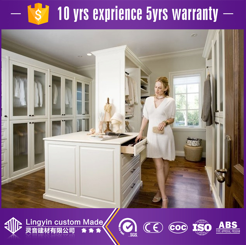 Fashion design wooden walk in closet clothes storage wardrobe with plywood carcass in good quality