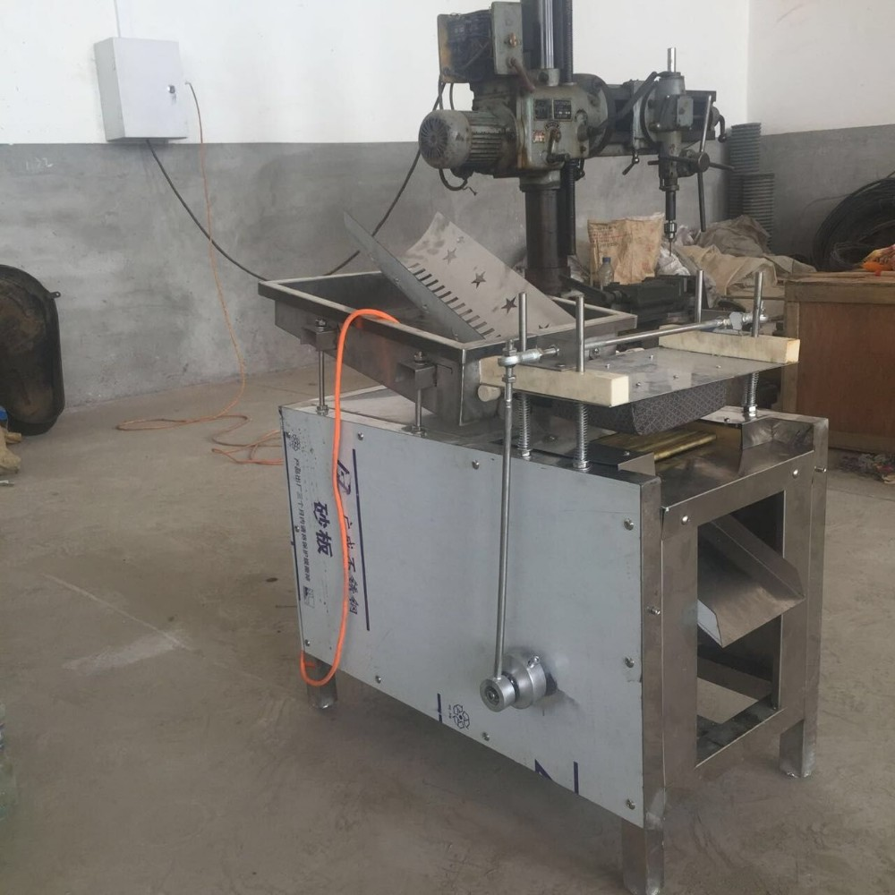boiled egg peeling machine