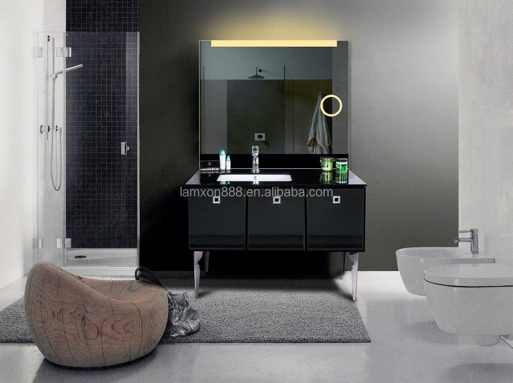 Spiegel Met Led : Verticale framless led backlit voor badkamer zilveren spiegel met