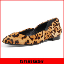Factory wholesale discount women shoes leopard grain leather pointed toe flat heel ladies close shoes