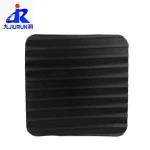 anti slide broad ribbed rubber For Skidding Field