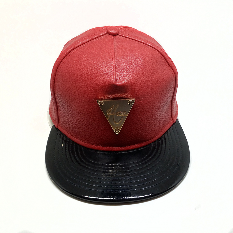Hot popular snapback hats and caps with metal badge PU leather custom logo