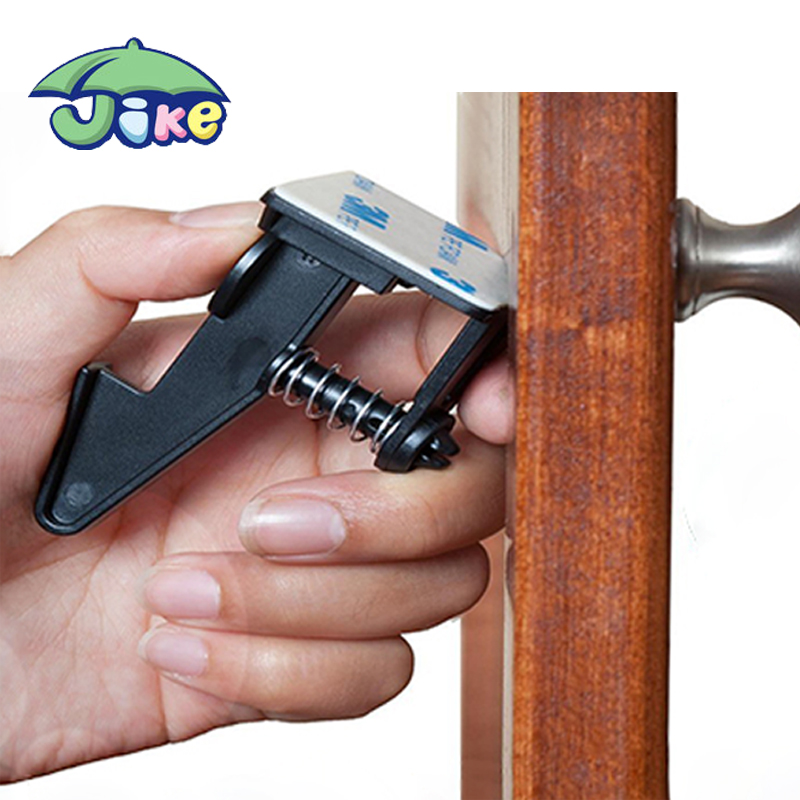Durable Baby Proofing Cabinet Door Pressed Lock For Baby Security