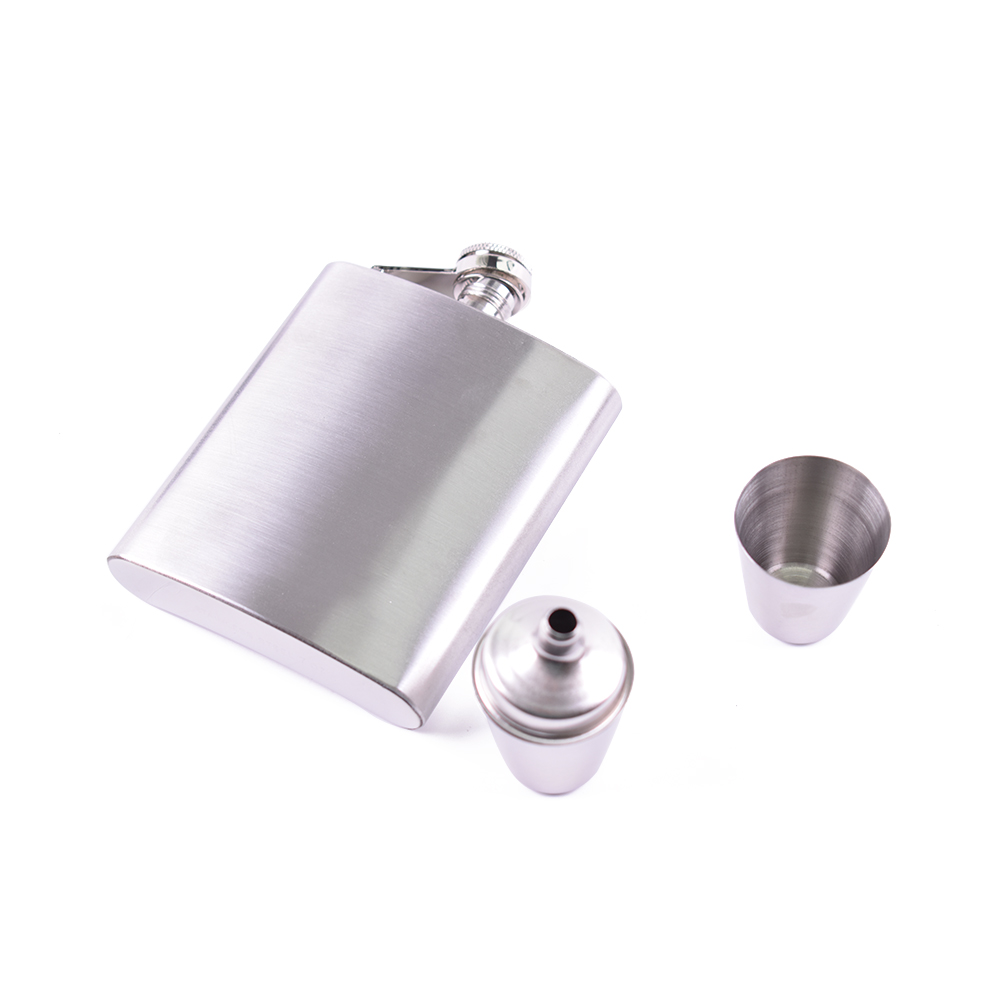 Aço inoxidável de metal escondida 8 oz whiskey hip flask liquor gift set
