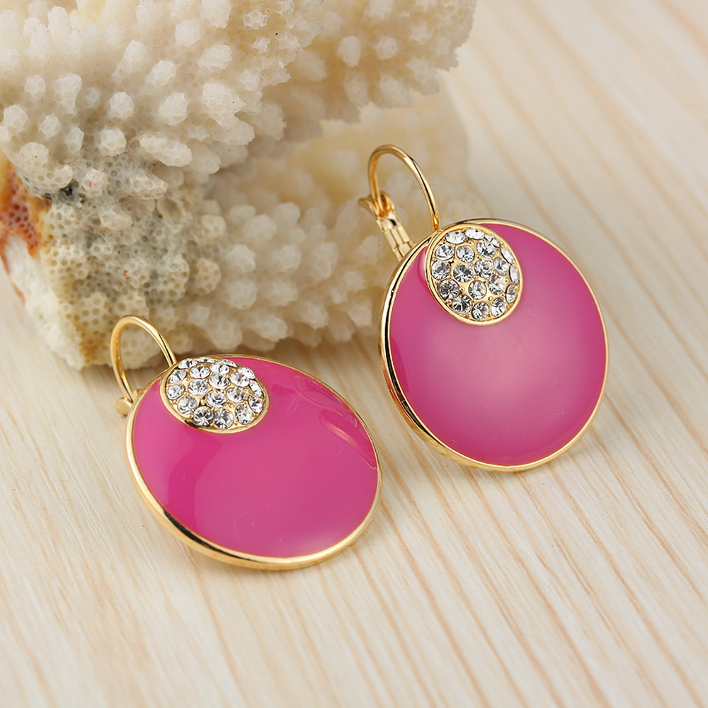years experience beautiful dangle earring