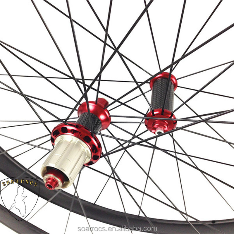 Only 1050g Carbon bicycle light Wheels 38mm tubular wheel internal drilling hole 20h/24h carbon bicycle wheels