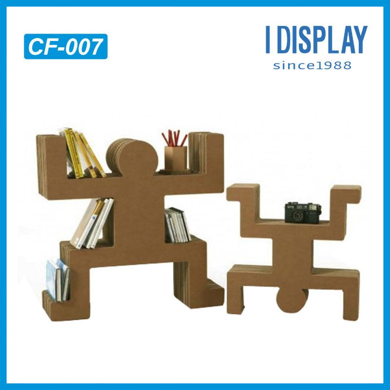 Reciclaje de cart n corrugado muebles cart n robot for Muebles de carton precios