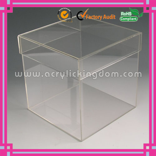 New arrival!simple fashion custom small clear acrylic boxes with lids manufacturer