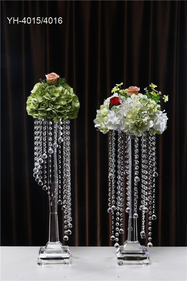 Elegant Candle Holder Centerpiece : Elegant arms crystal bead candle holders for wedding