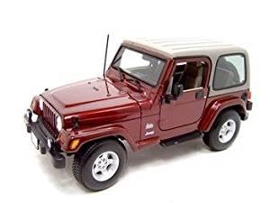 Jeep Wrangler Sahara Maroon Diecast Model 1:18 Die Cast Car