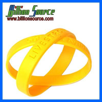 2012 promotion newest debossed and embossed silicone rubber band