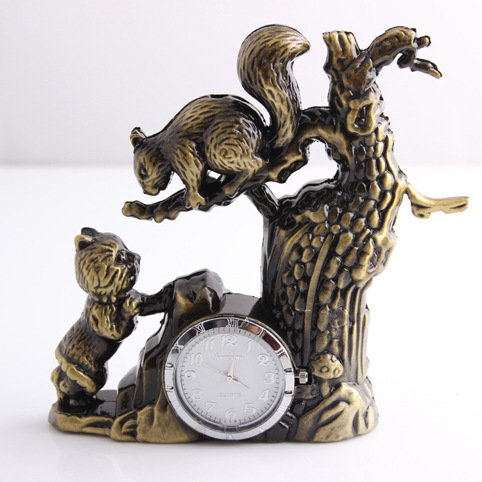The model of resin crafts lighter watch lighter lighter wholesale squirrels Watch