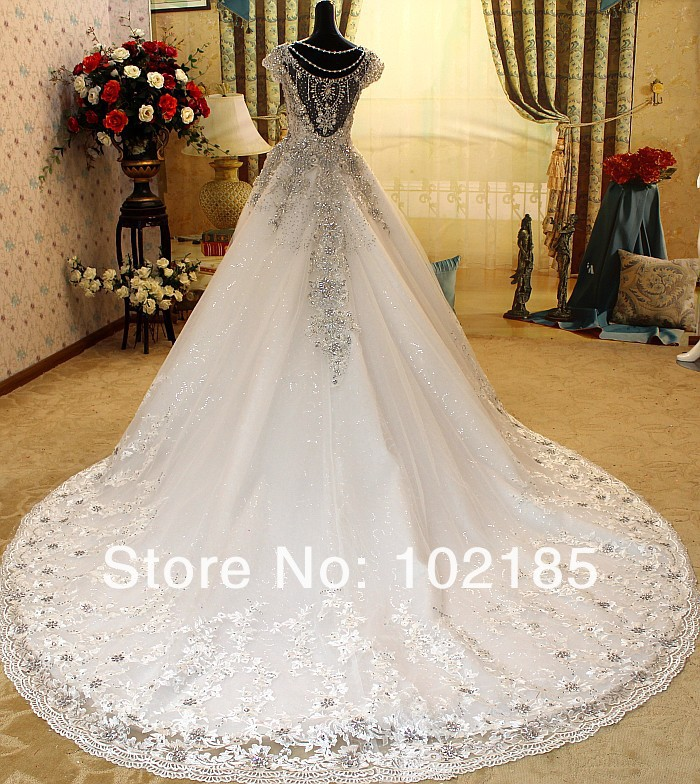 High Quality Diamonds Crystal Wedding Dress 2017 Cap Sleeve Cathedral Train Luxury Dresses Lace Arabian