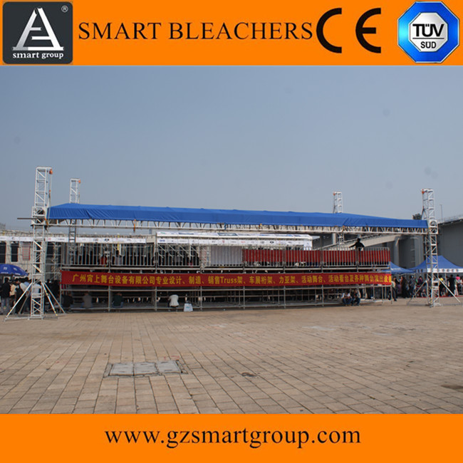 SMART Outdoor Steel Layer montieren Tribünenbleicher