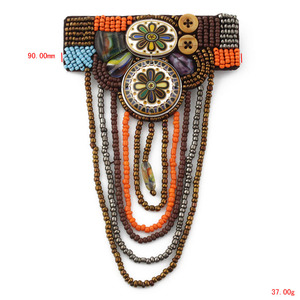 S1427-016 handmade beads fancy shoulder badges