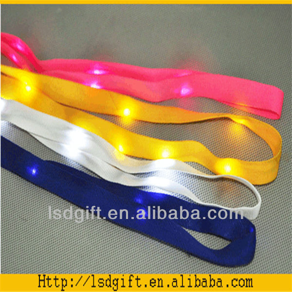 Cheap lanyard silkscreen nylon lanyard with led flash light