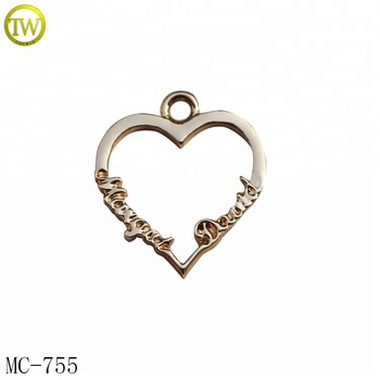 MC755 Hollow heart shape charms Jewelry type golden necklace pendant for gift