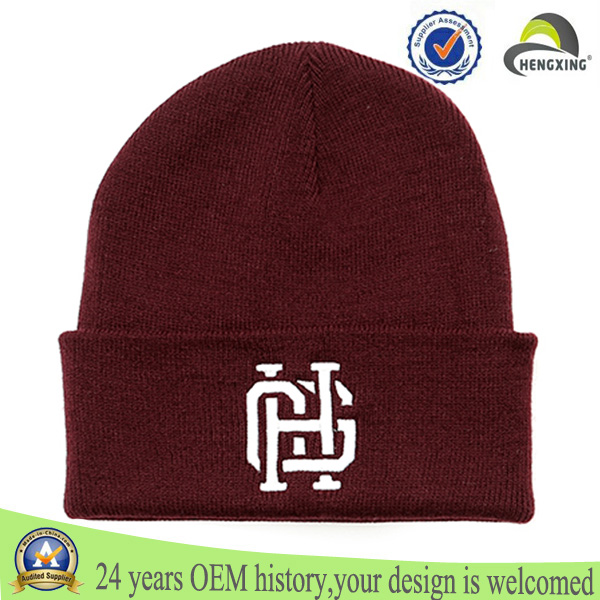 Burgundy embroidered knitted men winter beanie hat/knitted beanie