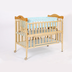 Portable solid wood baby cot bed/baby infant bed