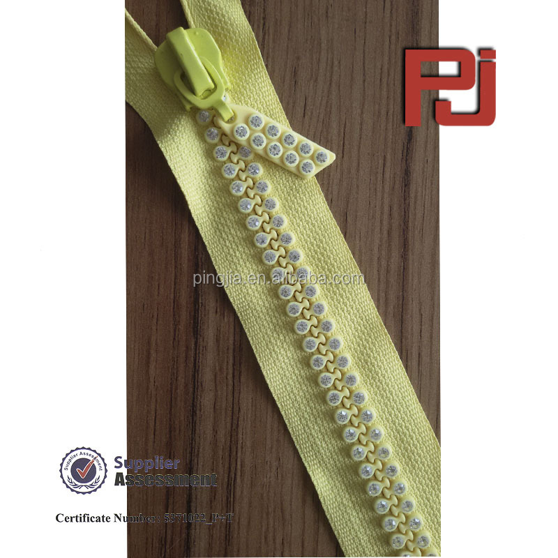 #10 transparent crystal rhinestone zipper close bottom for clothing